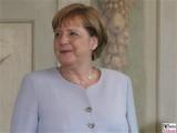 Angela Merkel Gesicht Kopf Kanzlerin Defilee Diplomatisches Corps Schloss Meseberg Gartensaal Berichterstatter