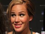 Angelina Heger Gesicht Kopf Face Maybelline Berlin 100 Jahre Geburtstag Make-Up Night Kraftwerk DKMS
