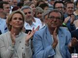 Arno Mueller und Frau Gesicht Promi face Classic Open Air Gendarmenmarkt