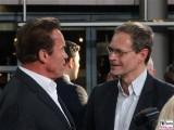Arnold Schwarzenegger, Michael Mueller Gesicht Promi Selfie face Terminator Genisys Arnold Schwarzenegger Premiere Sony Center Berlin