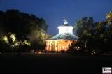Chinesisches Teehaus Gold Lampen Garten Sanssouci Skulpturen Schloessernacht Beleuchtung Illumination Potsdam Schlosspark