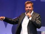 Dieter Bohlen Gesicht Promi face Sakko singt Eroeffnung CLINTON Großhandels GmbH Dahlewitz Hoppegarten Berlin