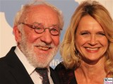 Dieter Hallervorden, Christiane Zander Gesicht face Kopf Promi Jose Carreras Gala Hotel Estrell Berlin SAT.1GOLD Berichterstatter