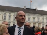 Dietmar Woidke Gesicht face Promi Schloss Bellevue Berlin Bundespraeident Buergerfest Park Ehrenamt