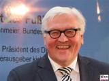 Dr. Frank Walter Steinmeier Bundesminister Gesicht Promi Deutscher Fussball Botschafter Auswaertiges Amt Berlin