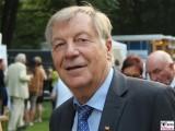Eberhard Diepgen Gesicht Portrait Promi ehem. reg. Buergermeister CDU Schloss Bellevue Buergerfest Schlosspark Berlin Bundespraesident Berichterstatter