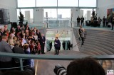 Empfang Seehofer Merkel Angehoerige SoldatInnen PolizistInnen Bundeskanzleramt Skylobby Berlin Berichterstattung Magazin TrendJam
