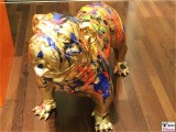 Englische Bulldogge Hund Glööckler Harald Mensing Galerie Friedrichstraße 71 Quartier 206 Berlin 10117