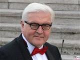 Frank-Walter Steinmeier Gesicht Promi Queen Besuch Schloss Bellevue Staatsbankett Berlin