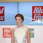 Goldene Bild der Frau Mareile Hoeppner Berlin Axel Springer Haus