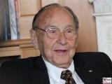Hans Dietrich Genscher Gesicht Promi Lachen Kissinger Preise American Academy Hans Arnold Center Berlin Wannsee