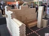 Hexagon massiv Holz bautec Messe Berlin Fachmesse Funkturm Bau Gebaeude Ausruestung Berichterstatter