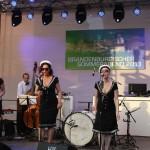 Honeybees Auftritt Bühne Krongut Bornstedt Potsdam Sommerfest Sommerabend 2013