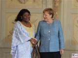 I.E. Else Nizigama Ntamagiro Botschafterin Burundi in Deutschland Diplomatisches Corps Empfang Schloss Meseberg Berichterstattung