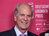 Juergen Heraeus Gesicht Promi Gründer-Preis ZDF Zollernhof Berlin Unter den Linden Hauptstadt Studio MOMA-Studio