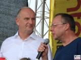 Klaus Ness, Dietmar Woidke Gesicht Promi Moderation Buehne Treckertreffen Philadelphia Storkow Mark Brandenburg Sommer Oldtimer Traktoren