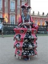 Kostuem am Schloss Neues Palais Besucherbetreuung Sans souci nachts Park Sanssouci XV Potsdamer Schloessernacht Potsdam