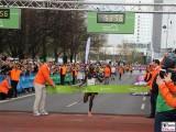 Masai Kenia-37-Berliner-Halb-Marathon-2.4.2017-Hauptstadt-Medaillen-Berichterstatter-Trendjam