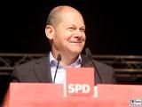 Olaf Scholz Gesicht face Promi Rede Erster Bürgermeister der Freien und Hansestadt Hamburg SPD Sommer Jubilaeum Volkspark Buga Potsdam Fest Feier Partei