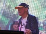 Otto Waalkes Buehne-Promi-Panik-Rocker-Waldbuehne-Arena-Berlin-Berichterstatter