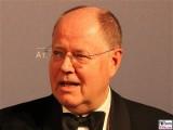 Peer Steinbrück Gesicht face Kopf Promi Atlantik-Bruecke Atlantik Ball Hotel Interconti Berlin Berichterstatter