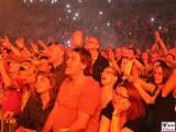 Publikum hingerissen verliebt Udo-Lindenberg-Promi-Panik-Rocker-Waldbuehne-Arena-Berlin-Berichterstatter