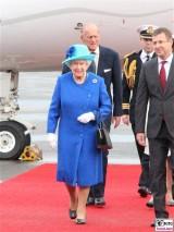 Queen Kleid Promi Elizabeth II. Königin des Vereinigten Königreichs Großbritannien und Nordirland Prinz Philip