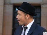 Roger Cicero links Promi Gesicht Lachen Saenger Frank Sinatra Classic Open Air Gendarmenmarkt