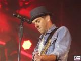Sven Lauer Gesicht gitarre face Promi Fanmeile Brandenburger Tor Fest zum Tag der Deutschen Einheit Platz des 18 Maerz Berlin