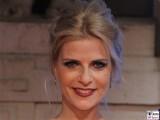 Gesicht face Kopf Tanja Buelter Ich war noch niemals in New York Das Musical mit den Liedern von Udo Jürgens STAGE Entertainment