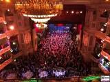 Tanzflaeche Buehne Zuschauer Gaeste Tanz SemperOper Ball Dresden Berichterstatter