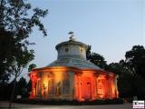 Teehaus chinesisch Gold Lampen Garten Skulpturen Schloessernacht Beleuchtung Illumination Potsdam Schlosspark