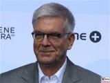Thomas Bellut Gesicht face Kopf Produzentenfest Produzentenallianz Regen Kongresshalle Hutschachtel WestBerlin Berichterstatter