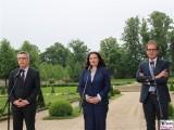 Thomas de Maizière, Andrea Nahles, Alexander Dobrindt Kabinett Merkel Klausur Tagung Garten Schloss Meseberg Gästehaus Bundesregierung