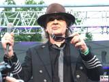 Udo-Lindenberg-frontal-Brille Hand-Promi-Panik-Rocker-Waldbuehne-Arena-Berlin-Berichterstatter