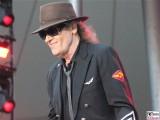 Udo-Lindenberg-links-lacht-Promi-Panik-Rocker-Waldbuehne-Arena-Berlin-Berichterstatter