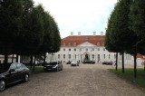 Vorfahrt Botschafter Empfang Diplomatisches Corps Barock Schloss Meseberg Berichterstatter