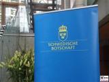 Plakat Aufsteller Botschaft Schweden www.schweden.org Gemeinschaftshaus Nordische Botschaften Berlin Berichterstatter